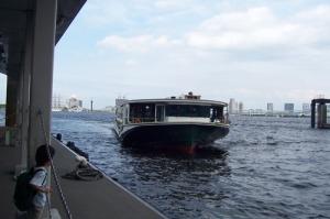 tokyo-river-boat-a