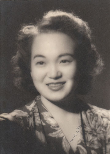 Mom-1945-29 yrs old-A