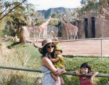 11-1982-zoo-3-A