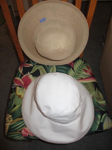 hats 001-A