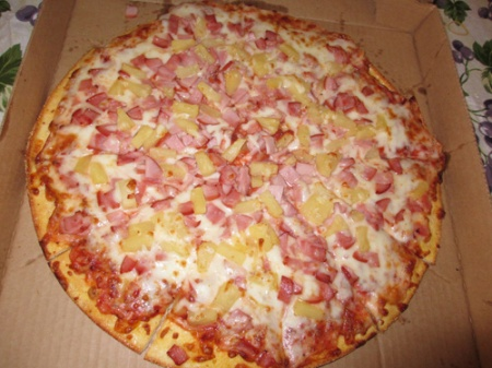 pizza pineapple canadian bacon 003-A