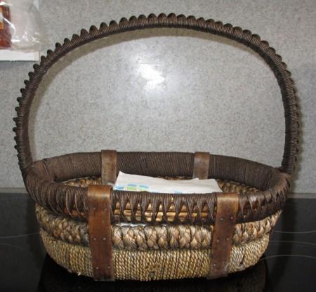 Flo's basket 001-A
