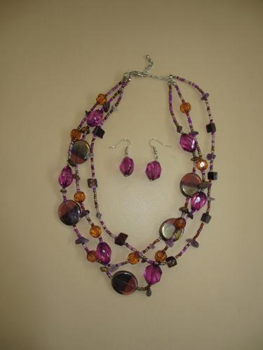 Necklaces 004-A