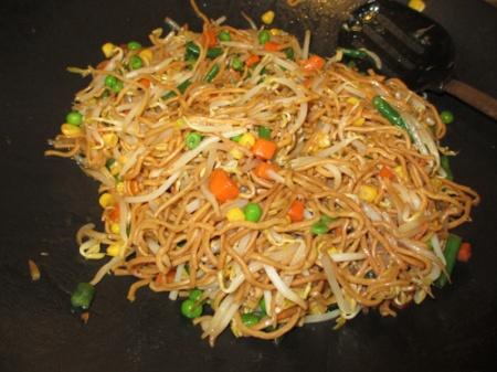 Chow mein, Shrimp pineapple 002-A