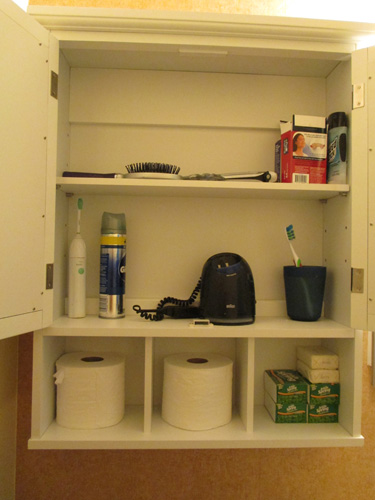 Bathroom cabinet 006-A