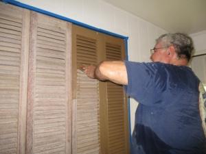 Painted closet doors 010-A