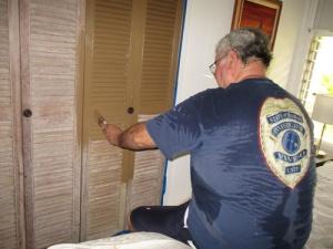 Painted closet doors 012-A