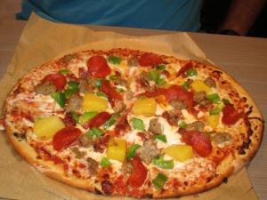 Sophie's Gourmet Hawaiian Pizzeria 023-A