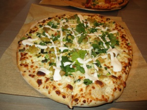 Sophie's Gourmet Hawaiian Pizzeria 025-A