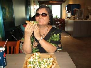 Sophie's Gourmet Hawaiian Pizzeria 027-A