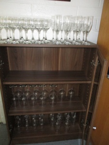 wine-cabinet-vacuuming-017-a