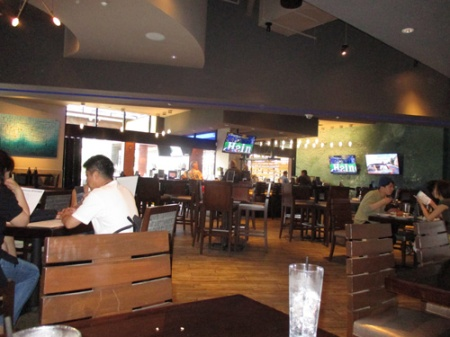 Kona Grill-Inter mket place 027-A